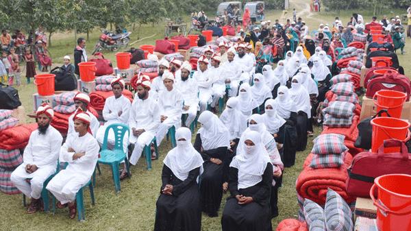 দিনাজপুরে একসঙ্গে ৪০ তরুণ-তরুণীর বিয়ে